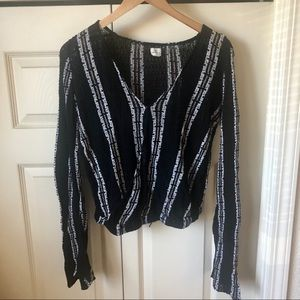 O'Neil bell sleeve top